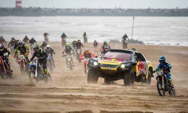 Sebastian Loeb concurează la Dakar cu un Peugeot 3008 DKR